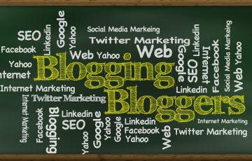blogging-439151_960_720